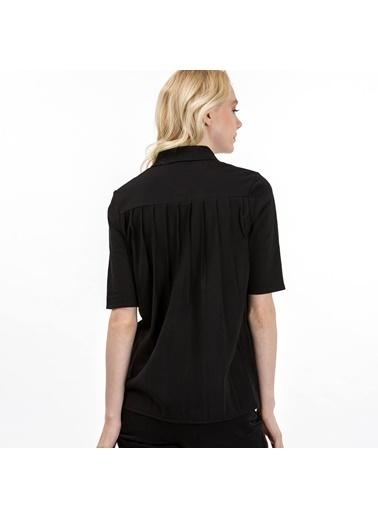 Lacoste Kadın Polo Tişört PF7652.031 Siyah